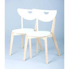 chaise blanche cuisine chaises blanches lot de chaises blanches with chaises blanches