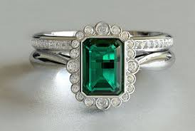 emerald antique rings images Vintage emerald and round diamond engagement ring with band new jpg