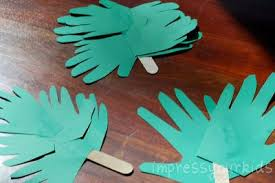 palm branches for palm sunday handprint palm branches for palm sunday family crafts