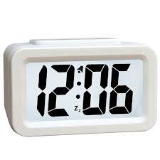 battery alarm clock operated with portability