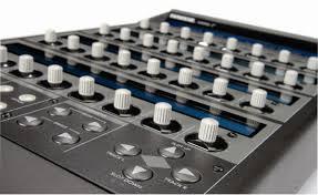 mackie control c4 review musicradar