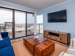 Livingroom Realty by Summer Beach 508 67632 U2022 Vantage Resort Realty