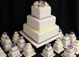 big wedding cakes 100 mini wedding cakes marathon oakleafcakes