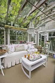 meubles pour veranda décoration jardin pas chère en 30 objets de style shabby chic ou