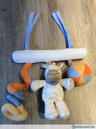 attache siege auto maxi nattou idéal pour être attaché au siège auto bébé a