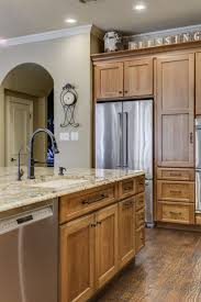 best 25 sienna bordeaux granite ideas on pinterest traditional