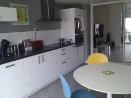 cuisines blanches et grises charmant cuisine grise et blanche avec cuisine indogate photos blanc