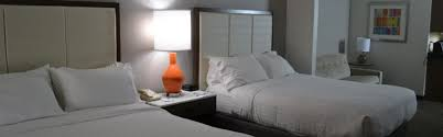 Kent Comfort Inn Holiday Inn Express U0026 Suites Kent State University Hotel By Ihg