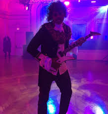 lebron james halloween party lebron james dresses as prince for cavaliers halloween party video