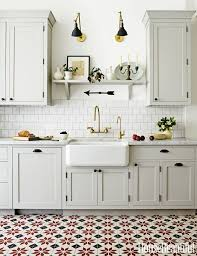 Classic White Kitchen Cabinets Best 25 Kitchen Floors Ideas On Pinterest Kitchen Flooring