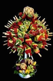 cuisiner le fruit de l arbre à arbre à brochettes de fruits avec sculpture sur fruits sculpture