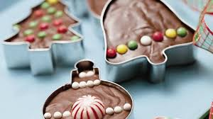 11 christmas cookie cutter hacks new uses for cookie cutters