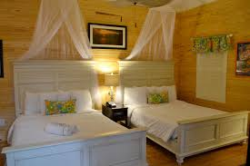 300 Square Feet Room by Room 18