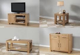 oak livingroom furniture things that goes well with oak living room furniture