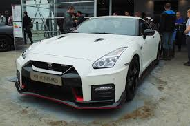 nissan gtr used uk new nissan gt r nismo to cost from 149 995 auto express