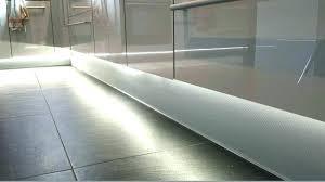 plinthe cuisine brico depot plinthe pour cuisine plinthes pour meubles cuisine plinthe meuble