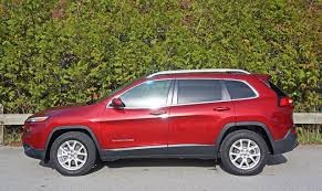 small jeep cherokee 2016 jeep cherokee north 3 2 v6 4x4 road test review carcostcanada