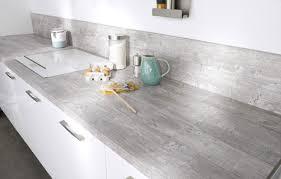 equerre plan de travail cuisine crer un plan de travail cuisine free avec trois palettes bois et con