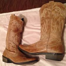 light colored cowgirl boots light brown cowgirl boots fashion boots