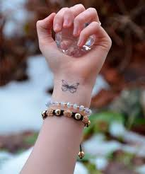 butterfly beautiful wrist designs for