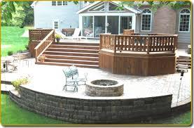 Best Backyard Decks And Patios Best 25 Backyard Deck Designs Ideas On Pinterest Backyard Decks