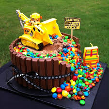 how to make a cake for a boy easy to make birthday cakes for boys best 25 2nd birthday cakes