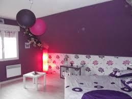 chambre violet et blanc cuisine noir plan de travail bois blanc