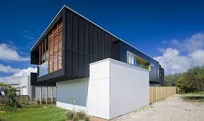 astounding modern beach house design with outdoor grass frontyard