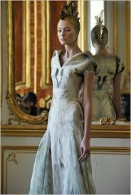 designer wedding dresses 2011 burton the royal wedding dress and the mcqueen legacy