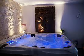 chambre pour une nuit en amoureux location chambre romantique à bourg st andéol pour deux et