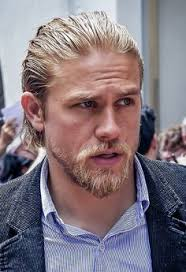 getting a jax teller hairstyle charlie hunnam king arthur hair click to find out how to get it