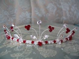 handmade tiaras and silver handmade tiara for stylish women weddings