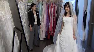 wedding dress rental toronto say yes to the rental wedding dress ctv vancouver news