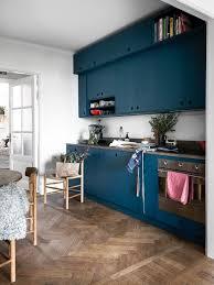 cuisine au bois la tentation d une cuisine bleue