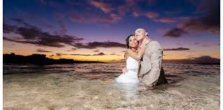 oahu photographers wedding engagement family photographer in oahu hawaii right