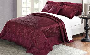 quilted embroidered beautiful satin bed spread blankets