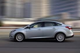 2014 Ford Focus Se Interior 2014 Ford Focus Vs 2014 Mazda3 Which Is Better Autotrader