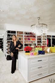 Kris Kardashian Home Decor by Kourtney And Khloe Kardashian Show Off Their Mansions Ny Daily News