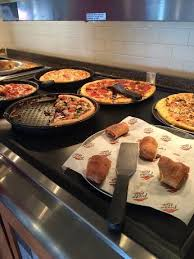 Pizza Hut Buffet Near Me by Go To Pizza Hut And Partake In All U Can Eat Pizza Lunch The