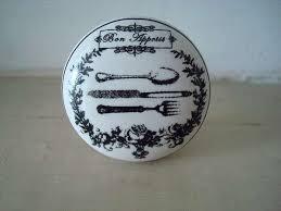 bouton de porte cuisine bouton en porcelaine blanche aux couverts anciens 5 50 boutons
