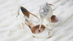 wedding shoes auckland 7 unique wedding accessories for your big day
