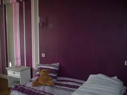 chambre aubergine et gris chambre lilas et gris salle a manger violet mobilier noir et