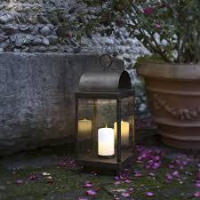 bougie jardin lanterne de jardin avec bougie en fer ou laiton il fanale