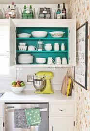 cuisine en couleur meuble de cuisine repeint en couleur turquoise et blanc