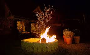 feuerstelle im garten bauen so grillt mann selber machen