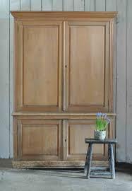 Chiltern Oak Furniture Solid Oak Chiltern Valley Cupboard Dresser
