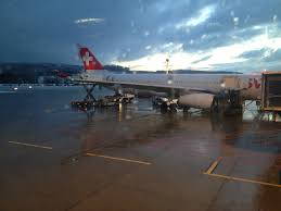 do airlines have black friday sales when to book christmas flights u0026 thanksgiving 2013 fare tips