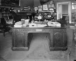 Resolute Desk Treaty Room White House Museum