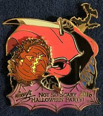 headless halloween mickey s not so scary halloween party disney halloween parties
