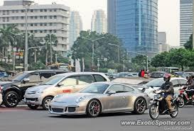 porsche 911 indonesia porsche 911 gt3 spotted in jakarta indonesia on 05 11 2014